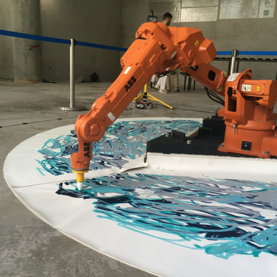 Robotic Painting Dubai Design Week 2015